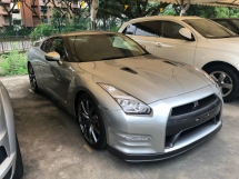 2014 NISSAN GT-R GTR R35 3.8 Premium Edition New Facelift Z Daylight BOSE® Surround Blistein® Suspension Brembo® Brake Smart Entry Push Start Paddle Shift Steering Bluetooth Reverse Camera Unreg