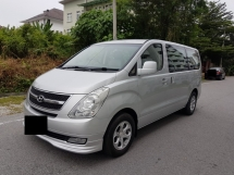 2009 HYUNDAI GRAND STAREX 2.5 A DIESEL TURBO FULL SPEC HARI RAYA PROMOTION