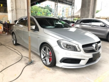 2015 MERCEDES-BENZ A45 AMG 4MATIC 2.0 Turbocharged 360hp Speed-Shift 7G-DCT Distronic PLUS Pre-Collision Smart Entry Push Start Button Memory Seat Multi Function Paddle Shift Steering Bi-Xenon Reverse Camera Bluetooth Connectivity Unreg