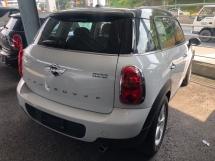 2014 MINI Countryman Cooper Crossover 1.6 Tiptronic 6-Speed Auto Transmission Xenon Light Push Start Button Climate Control 1 Year Warranty Unreg