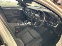 2014 BMW 5 SERIES 520i M sport package keyless entry Alcantara sport seats back camera Japan unregistered