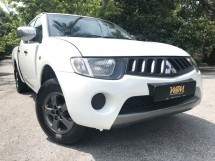 2010 MITSUBISHI TRITON 2.5 (M) ORIGINAL PAINT FULL SEVICE RECORD LIKE NEW
