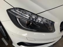 2015 MERCEDES-BENZ A45 AMG memory seats keyless go camera precrash system unregistered