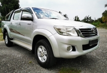 2011 TOYOTA HILUX FACELIFE DOUBLE CAB 2.5G SPEC (AT) / D-4D ENGINE / TIPTOP CONDITION