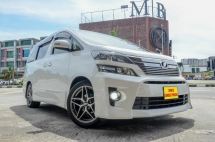 2012 TOYOTA VELLFIRE Facelift ZG Full Loaded One Owner