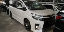 2014 TOYOTA VOXY ZS 2.0 / 2 POWER DOOR / SUNROOF / 4 YEARS WARRANTY UNLIMITED KM