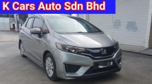 2016 HONDA JAZZ 1.5 E i-VTEC Ori 64k Km Mileage Full Service By Honda Warranty Until 2020 ( 5 Years Warranty ) Keep Like New Car Condition Worth Buy