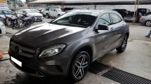 2015 MERCEDES-BENZ GLA GLA200 1.6cc (A) REG APRIL 2016, ONE CAREFUL OWNER, FULL SERVICE RECORD, LOW MILEAGE DONE 62K KM, UNDER WARRANTY UNTIL APRIL 2020