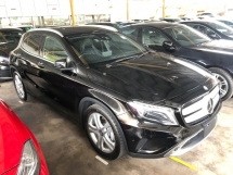 2016 MERCEDES-BENZ GLA GLA180 Turbocharged 7G-DCT Distronic PLUS Pre-Crash Memory Seat Automatic Power Boot Smart Entry Push Start Button Intelligent Bi-Xenon Mercedes Benz Interface Multi Function Paddle Shift Bluetooth Connectivity Unreg