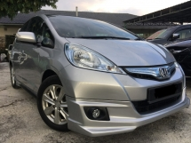 2013 HONDA JAZZ 1.3 (A) HYBRID 2013 ONE OWNER UNDER WARRANTY