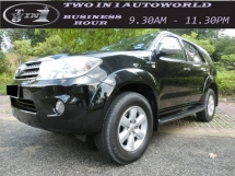 2010 TOYOTA FORTUNER 2.7V (A) FULL SPEC / F-LOAN / TIPTOP INTERIOR AND ENGINE GEAR RUNNING GOOD LIKE NEW / 1OWNER