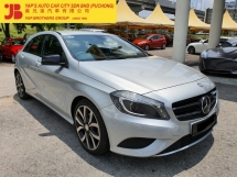 2015 MERCEDES-BENZ A-CLASS A200 1.6 (A) 40K KM , UNDER WARRANTY