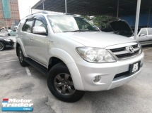 2005 TOYOTA FORTUNER 2.7V 4WD LEATHER SEAT TIP-TOP