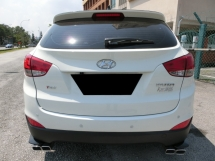 2010 HYUNDAI TUCSON 2.0 (A) F-LOAN / 1 VVIP LADY OWNER / TIPTOP INTERIOR AND EXTERIOR / ENGINE GEARBOX RUNNING GOOD LIKE NEW