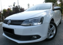 2014 VOLKSWAGEN JETTA 1.4 TSI (A) F-LOAN / FULL SERVICE BY VOLKSWAGEN / ORIGINAL LOW MILEAGE / 1 OWNER / REVERSE CAMERA