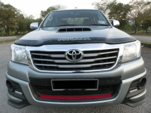 2014 TOYOTA HILUX DOUBLE CAB 2.5G (AT) F-LOAN / TRD BODYKIT WITH SPORTRIM / 1 CAREFUL OWNER / NO OFF ROAD TO USE / LOW MIELAGE WITH TIPTOP CONDITIONS