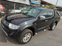 2014 MITSUBISHI TRITON 2.5 VGT GS FACELIFT (A) - Sunroof / True Year Made