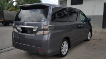 2012 TOYOTA VELLFIRE 2.4 Z-PLATINUM (CBU) Excellent Condition 2 Power Door Power Boot 2 Pilot Seat Black Interior Worth Buy