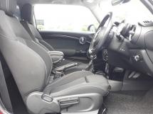 2015 MINI Cooper S 2.0L AT Two Doors Twin Turbo CBU Japan