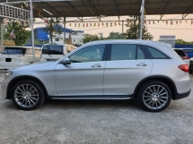 2017 MERCEDES-BENZ GLC 250 MERCEDES BENZ GLC250 AMG LINE 4MATIC ~FULL SERVICE RECORD 10K KM ~ 2018 VIEW TO BELIEVE