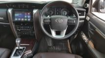 2018 TOYOTA FORTUNER 2.7 SRZ 4x4 Facelift Low 37k Km Mileage 5 Years Warranty Until 2022 Full Service By UMW Toyota Worth Buy