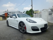 2013 PORSCHE PANAMERA FULL SPEC WITH AIRMATIC SUSPENSION* 2013 Porsche Panamera GTS V8 440HP* IMMACULATE CONDITION
