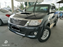 2014 TOYOTA HILUX DOUBLE CAB 3.0G (AT)