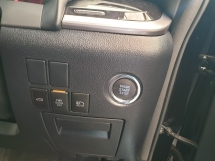 2018 TOYOTA ALPHARD S Spec 7 Seater 2 Power Door Power Boot Surround Camera Sunroof Local AP Unreg