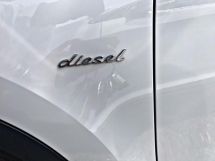 2015 PORSCHE CAYENNE V6 3.0 DIESEL - AIR SUSPENSION - SPECIAL PROMOTION BAGI JADI JAA