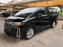 2018 TOYOTA ALPHARD 2.5 S New Facelift 360 Surround Camera 7 Seat 2 Power Doors Power Boot Pre-Crash Lane Departure Assist Road Sign Assist Parking Support Brake System Intelligent LED 9 Air Bags Unreg
