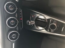2015 AUDI TT 2.0 S-Tronic S-Line Quattro Turbocharged 230hp Matrix-LED Virtual Cockpit Bang & Olufsen Surround MMI Bucket Seat Multi Function Paddle Shift Steering Dynamic Comfort Drive Select Bluetooth Connectivity Unreg