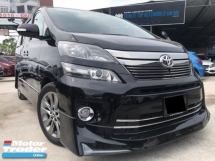 2014 TOYOTA VELLFIRE 2.4 Z PLATINUM - SPORTY BODYKIT - 2 POWER DOOR - POWER BOOT - SUNROOF - KENWOOD PLAYER - REVERSE CAM - AUTO CRUISE - WARRANTY - PROMOTION NOW