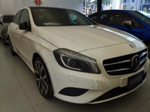 2015 MERCEDES-BENZ A-CLASS Mercedez A180 base specs with Sunroof Roof