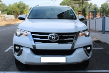 2017 TOYOTA FORTUNER 2.7 VRZ AUTO - SUPERB CONDITION  LIKE NEW