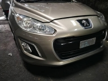 PEUGEOT 308 1.6 TURBO 6SPEED FACELIFT HALF CUT  Half-cut
