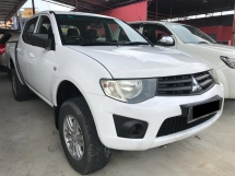 2012 MITSUBISHI TRITON 2.8 (M)  TIP TOP CONDITION