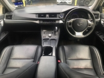 2014 LEXUS CT200H HYBRID LUXURY 1LADY OWNER LOW MILEAGE ORIGINAL PAINT TIP TOP CONDITION FULL LOAN