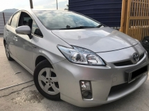 2011 TOYOTA PRIUS G NAUTO TIP TOP CONDITION