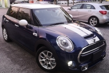 2015 MINI 5 DOOR 2015 MINI COOPER S 2.0A TWIN TURBO FACELIFT JAPAN SPEC CAR SELLING PRICE ONLY ( RM 153,000.00 NEGO )