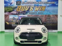 2014 MINI 5 DOOR 2014 MINI COOPER S 2.0A TWIN TURBO FACELIFT JAPAN SPEC CAR SELLING PRICE ONLY ( RM 148,000.00 NEGO )
