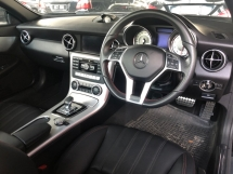 2015 MERCEDES-BENZ SLK New Engine 2.0 Turbocharged 9G-Tronic Chrono-Sport Panoramic Roof Bucket Seat Multi Function Paddle Shift Steering Daytime LED Zone Climate Auto Cruise Control Bluetooth® Connectivity Unreg
