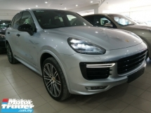 2016 PORSCHE CAYENNE CAYENNE GTS 3.6/CHRONO/BOSE/PANA ROOF/SHOWROOM CONDITION