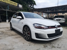 2014 VOLKSWAGEN GOLF GTI DCC PACKAGE