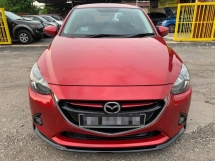 2015 MAZDA 2 FACELIFE 1.5 SKYACTIV AUTO / PUSH START / KEYLESS ENTRY / PADDLE SHIFT / REVERSE CAMERA / TIPTOP CONDITION / LOW DOWN PAYMENT