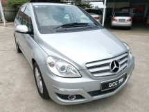 2009 MERCEDES-BENZ B-CLASS B170 1.7 (A) - One Lady Owner