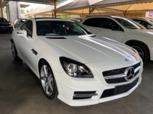 2015 MERCEDES-BENZ SLK 200 AMG sport package panoramic roof unregistered