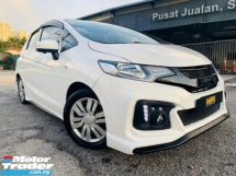 2015 HONDA JAZZ 1.5 V (A) FULL SPEC LIKE NEW TRUE YEAR