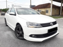 2015 VOLKSWAGEN JETTA 1.4 (A)FREE 1YEAR WARRANTY GOOD CONDITION LOW MLEAGE LIKE NEW ACCIDENT FREE AND 1 CAREFUL OWNER