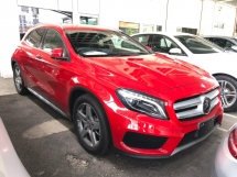 2016 MERCEDES-BENZ GLA GLA180 AMG Turbocharged Pre-Crash Distronic-PLUS Memory Seat Smart Entry Push Start Button Automatic Power Boot Intelligent Bi-Xenon Lights Multi Function Paddle Shift Steering Bluetooth Connectivity Unreg