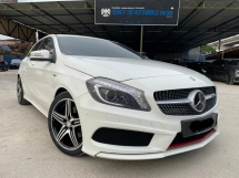 2014 MERCEDES-BENZ A-CLASS A250 AMG = FULL SPEC= WARRANTY = TIP TOP CONDITION= 1 VIP OWNER= YEAR END SALE